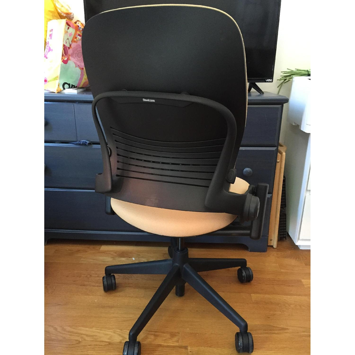 Steelcase Leap Chair - image-4