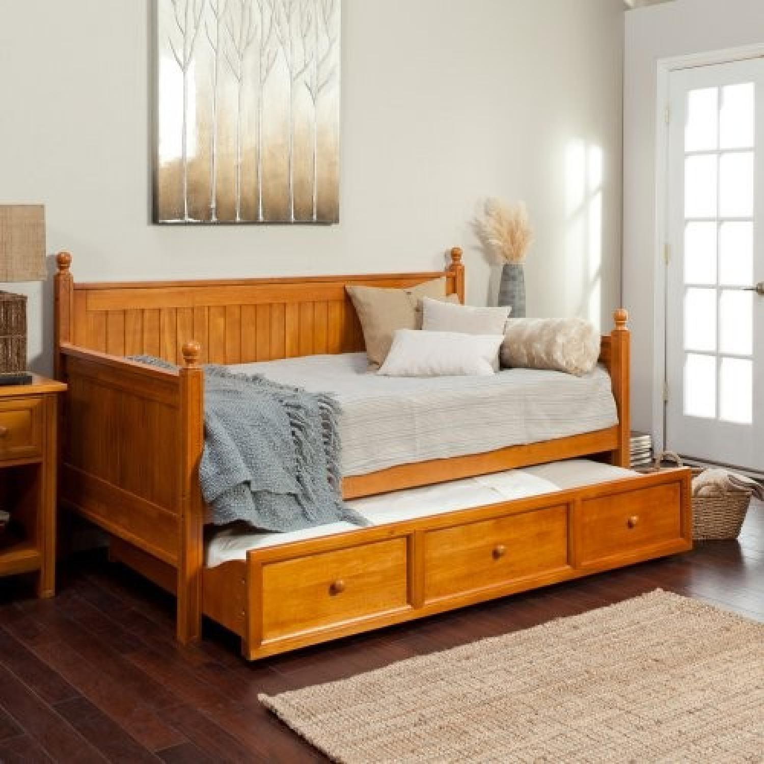 Casey Daybed w/ Trundle - image-1
