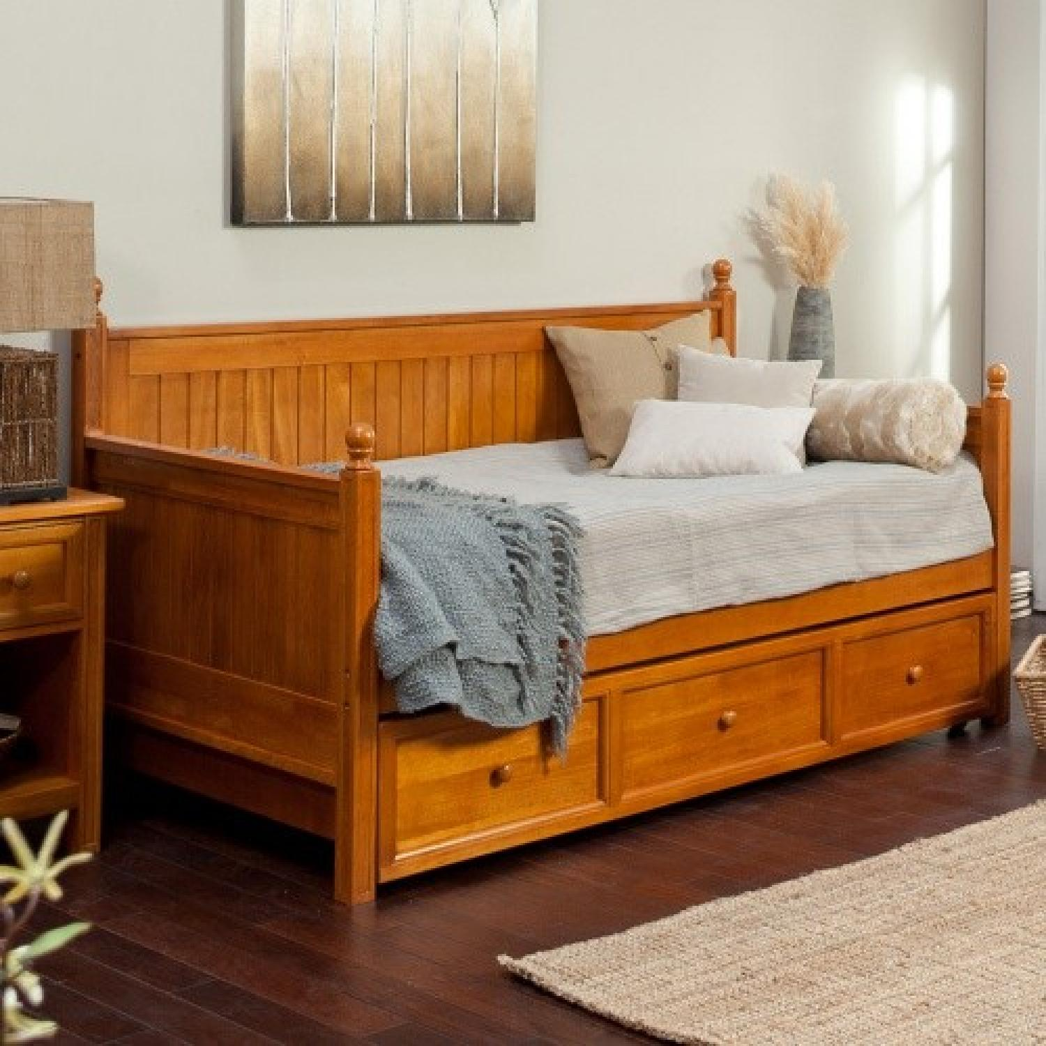 Casey Daybed w/ Trundle - image-2