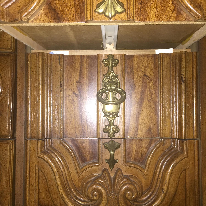 Antique Dresser w/ Mirror - image-9