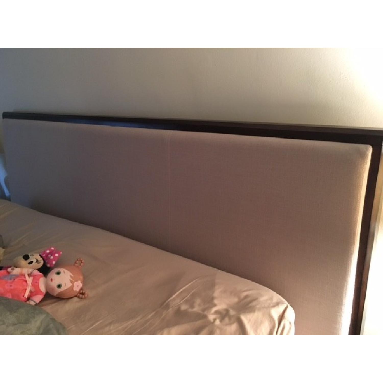 Pulaski Furniture King Bedroom Set - image-6