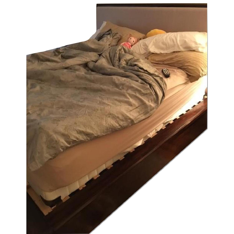 Pulaski Furniture King Bedroom Set - image-0