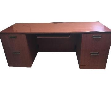 Wooden Desk w/ Drawers