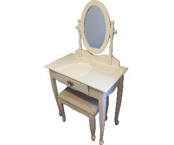 Vanity Set w/ Mirror & Storage in White
