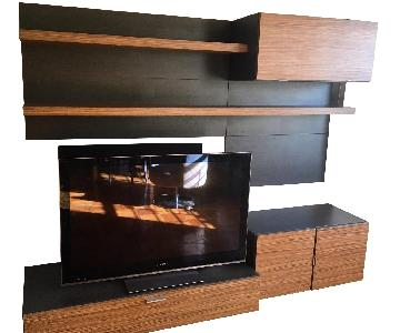 Modern European 7-Piece Wall Unit