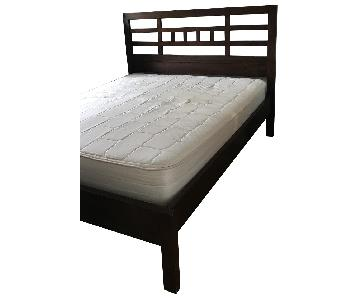 Room & Board Mondo Walnut Queen Bed w/ Low Footboard