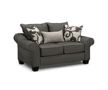 Value City Furniture Colette Loveseat + 2 Ottomans & Pillows