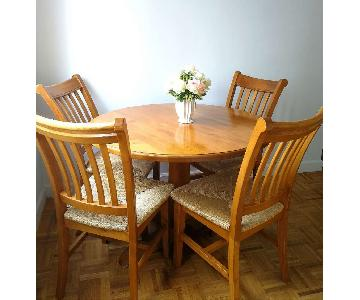 Wood Round Table w/ 4 Chairs