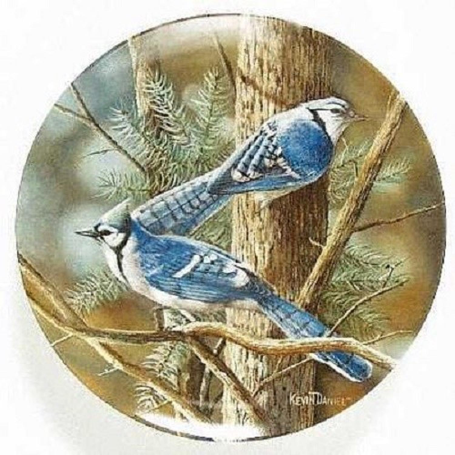 Collector's Edition Edwin M. Knowles Decorative Plates - image-4