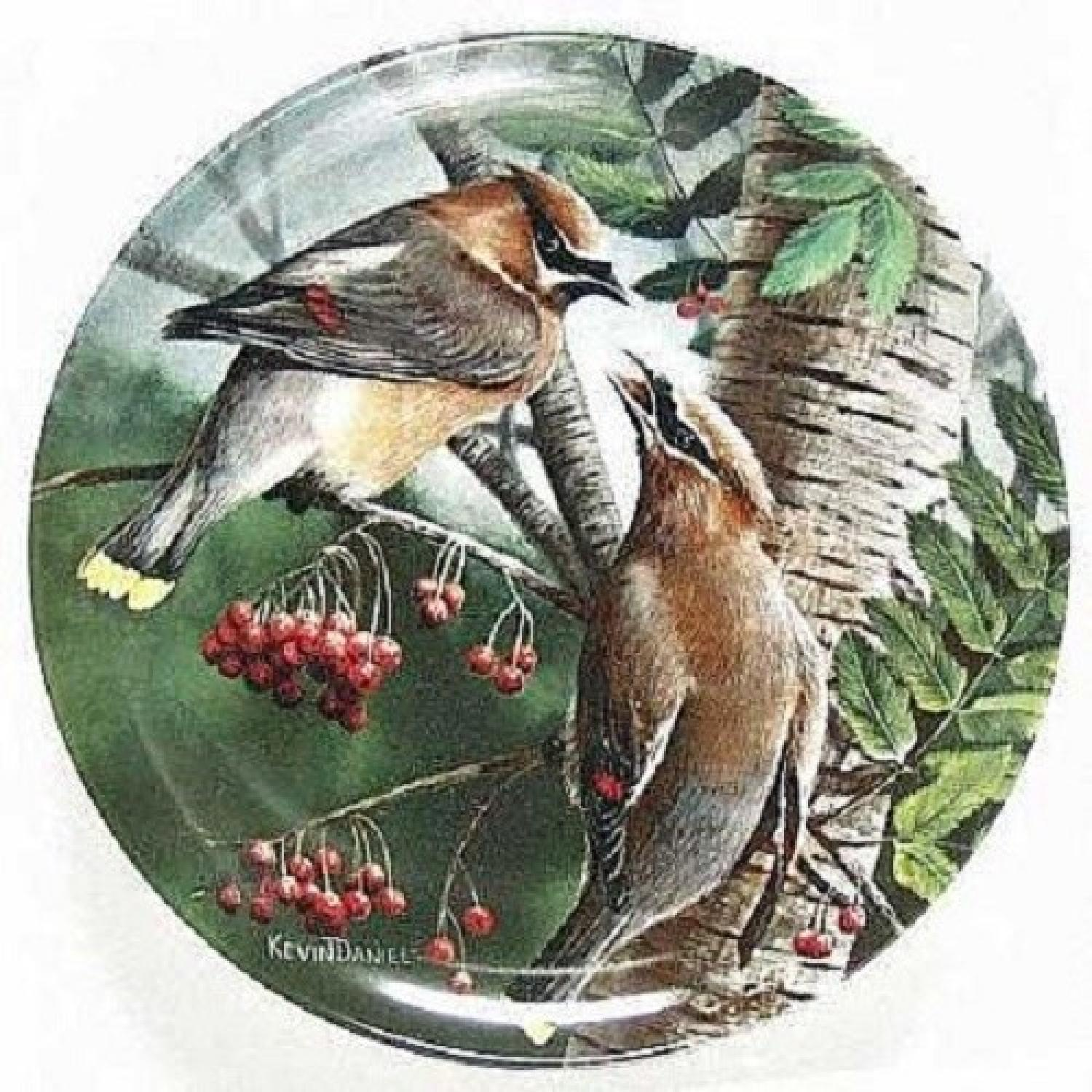 Collector's Edition Edwin M. Knowles Decorative Plates - image-9