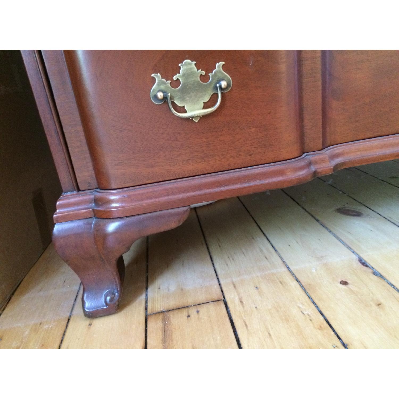 Kindel Oxford Mahogany Dresser - image-5