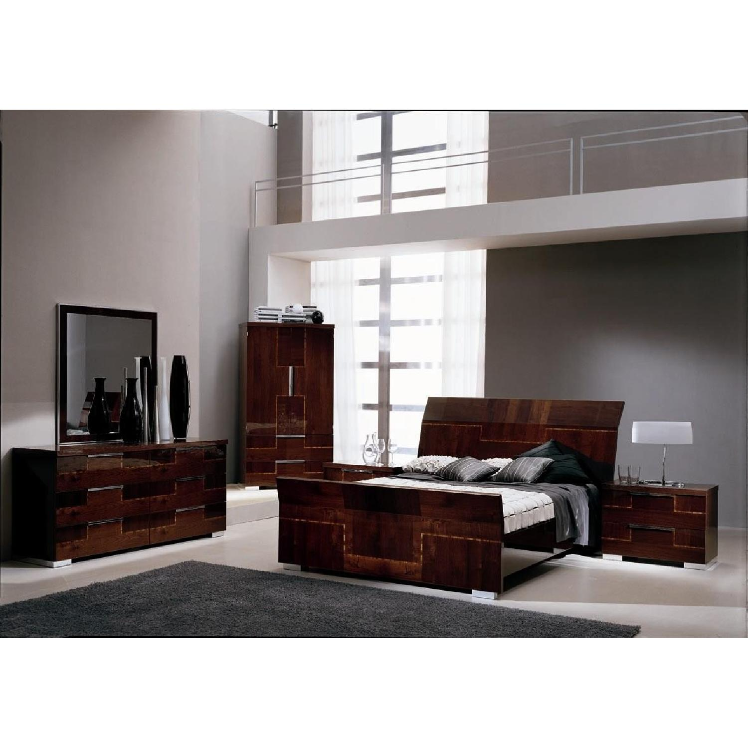 Alf King Low Profile Sleigh Bed + Dresser w/ Mirror + 2 Nighstands - image-4