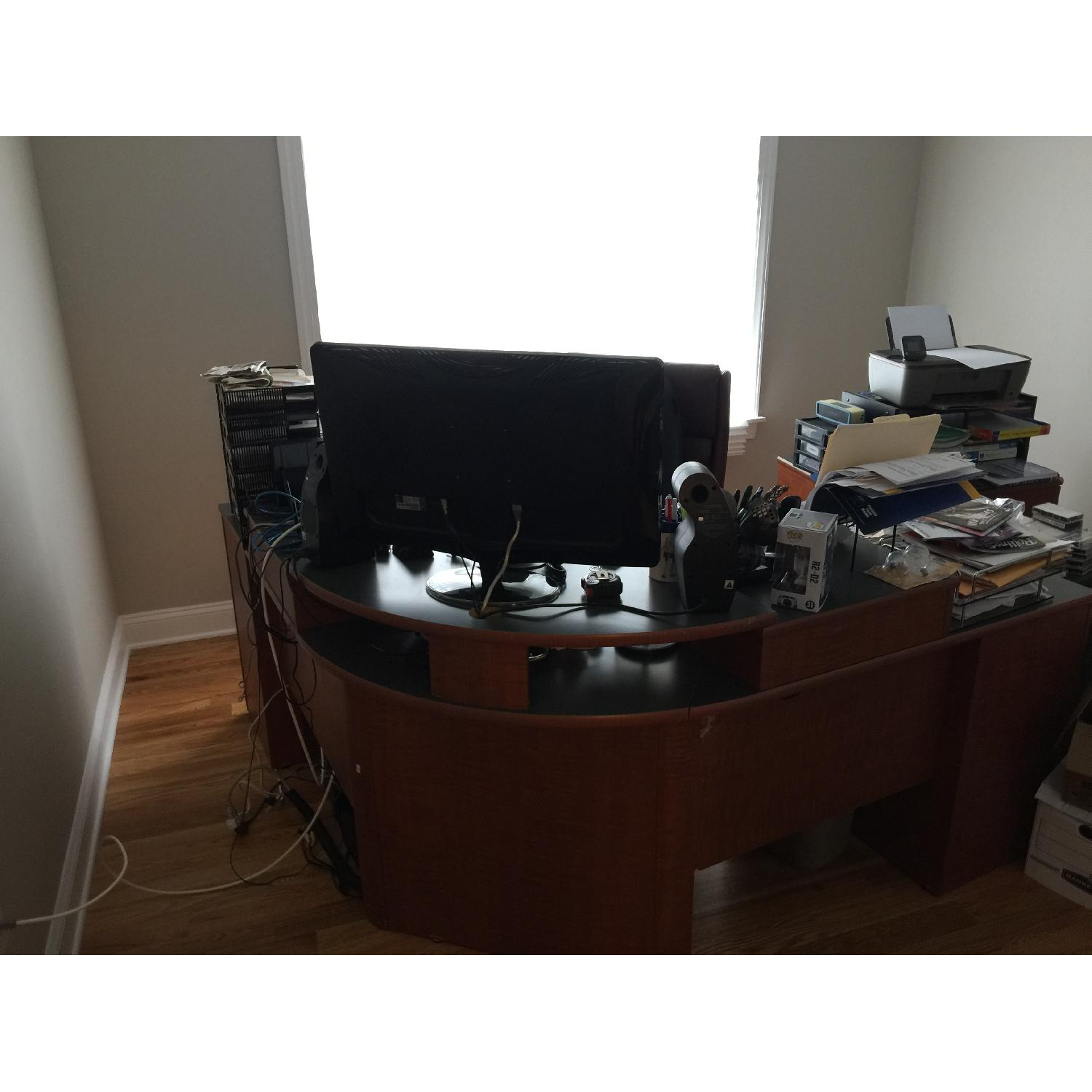 Office Desk & Chair - image-5