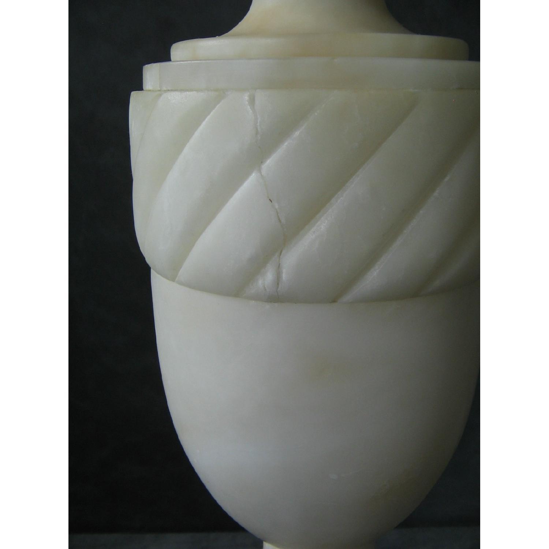 Vintage Alabaster Classical Urn-Shaped Table Lamp - image-4