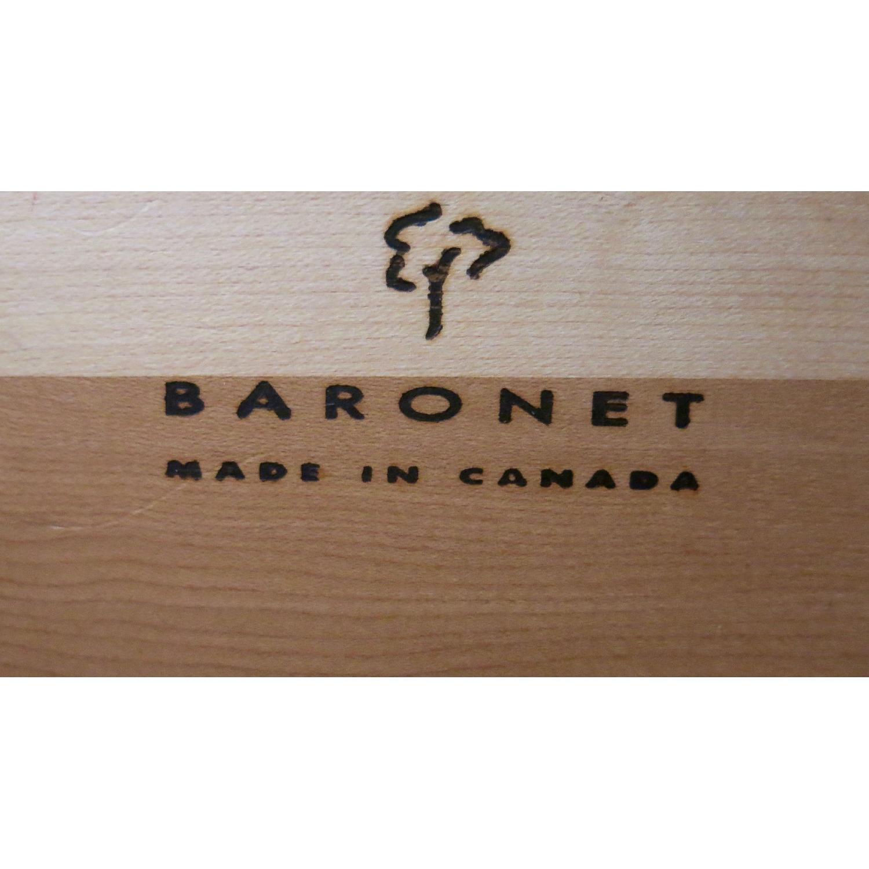 Baronet Dresser - image-1