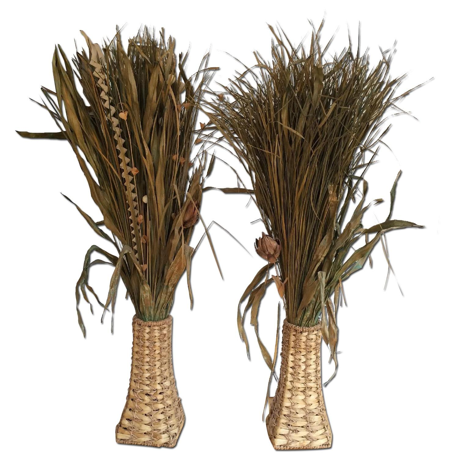Dried Plant Leaves & Woven Baskets - image-4