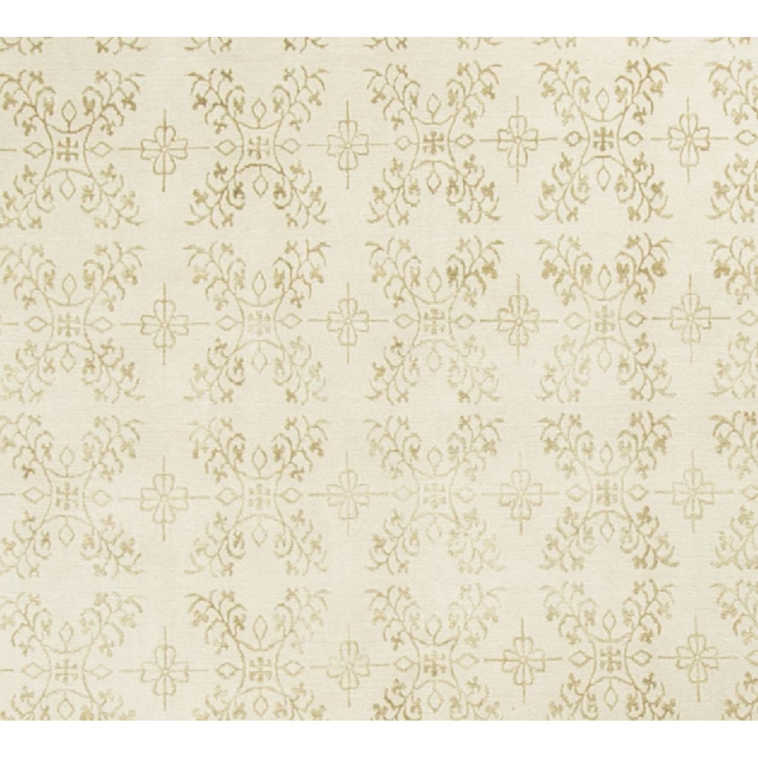 Modern Contemporary Hand Knotted Wool Rug in Ivory - image-2