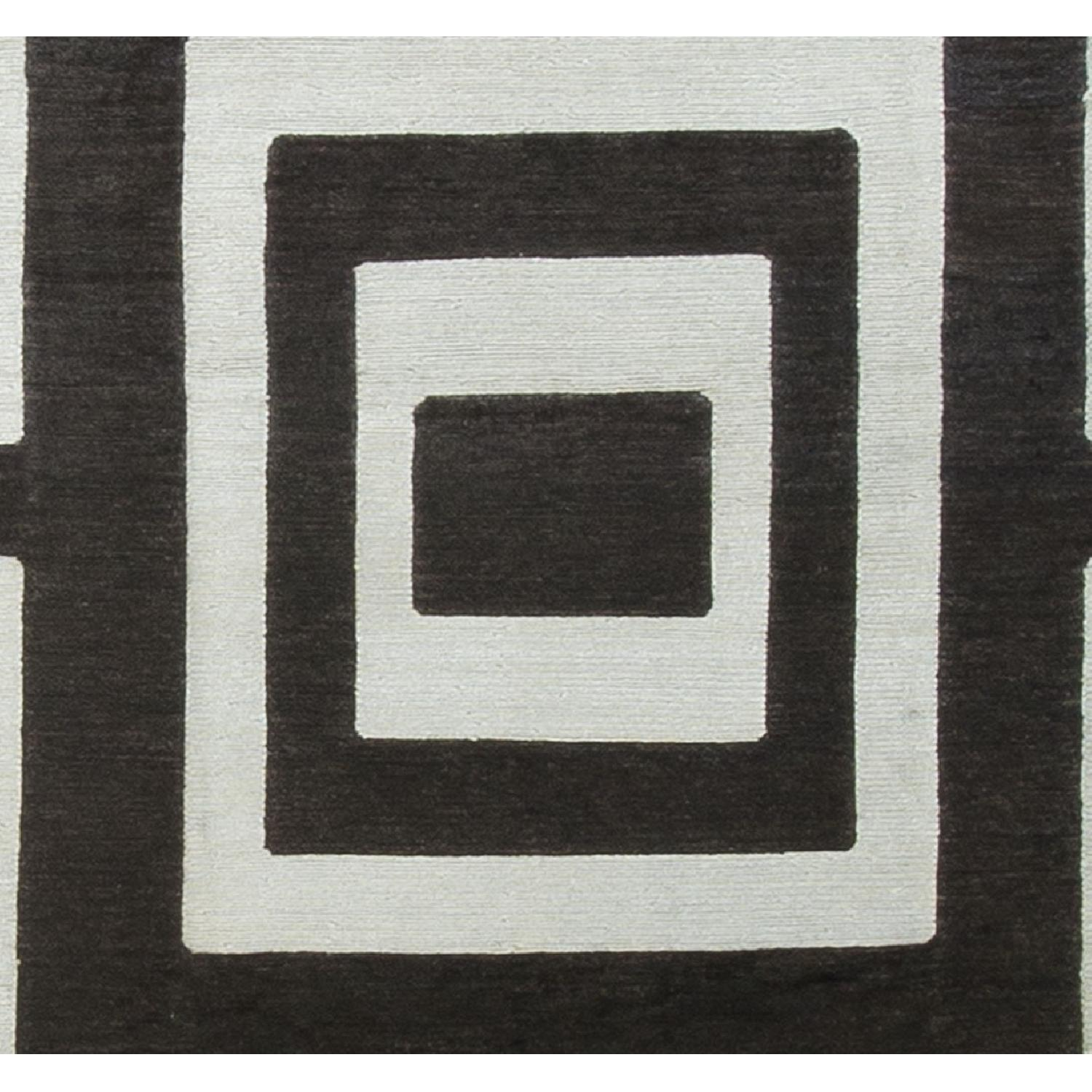 Modern Contemporary Hand Knotted Wool Rug in Black/White - image-2