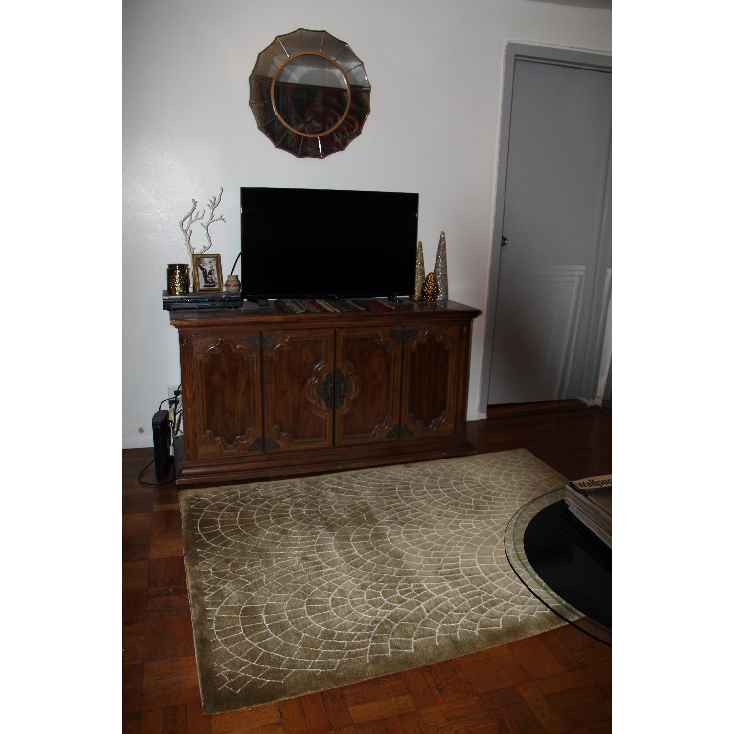 Contemporary Silk & Wool Indian Rug - image-1