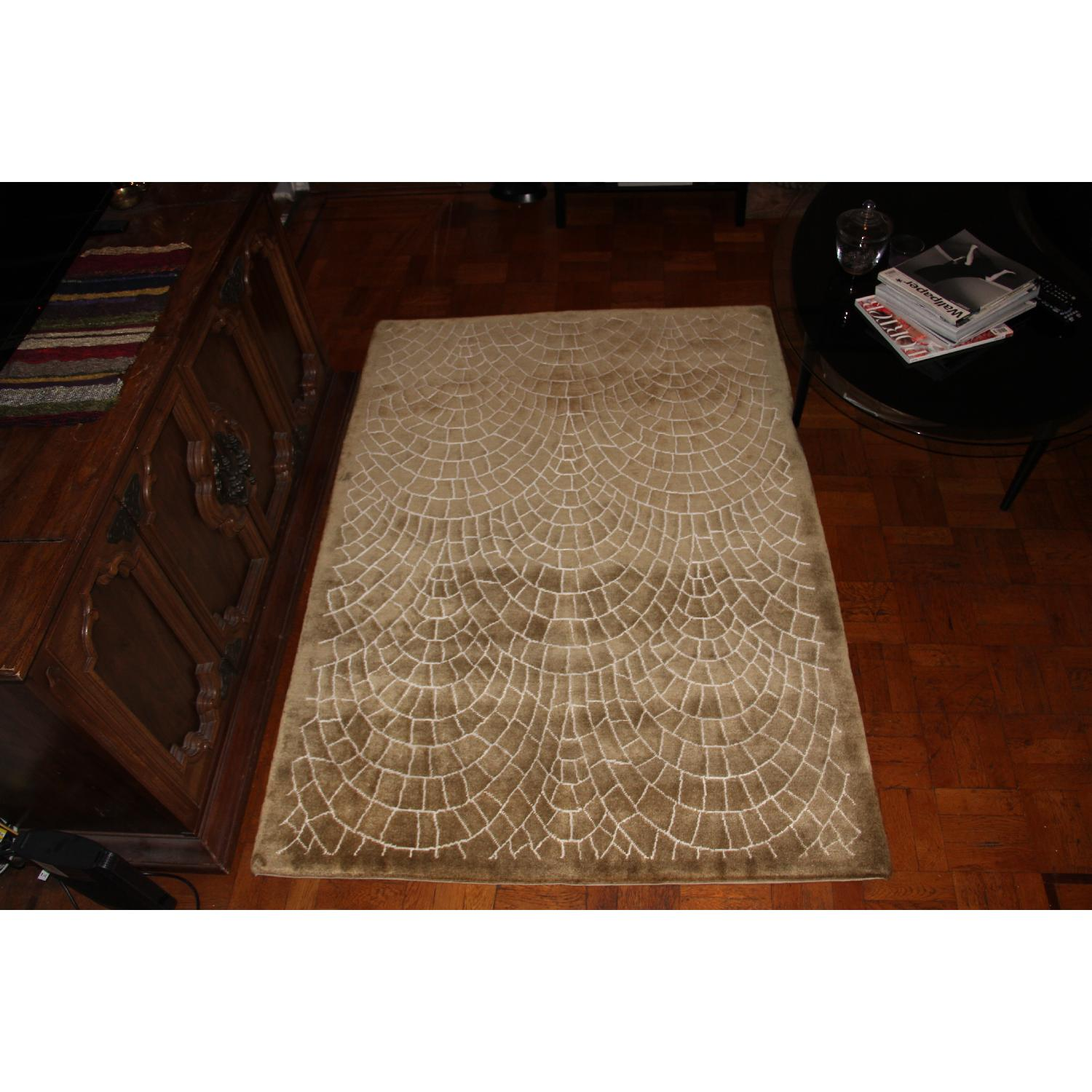 Contemporary Silk & Wool Indian Rug - image-3