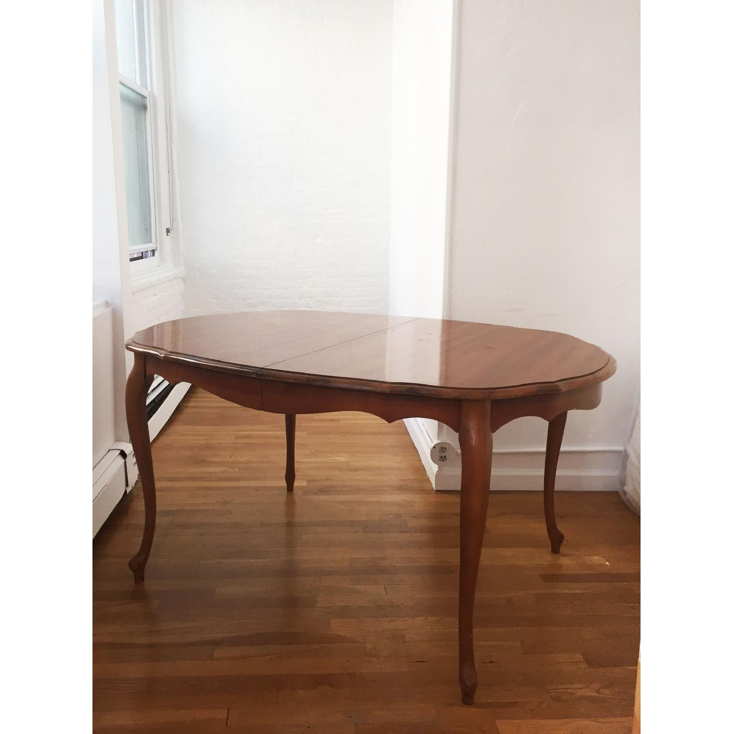 Mid-Century Queen-Anne Leg Dining Table - image-6