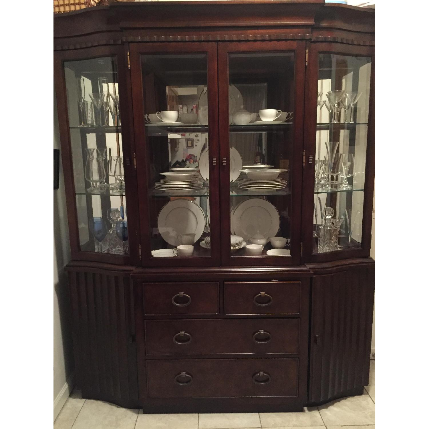 Expandable Dining Table w/ 6 Chairs + China Closet - image-2