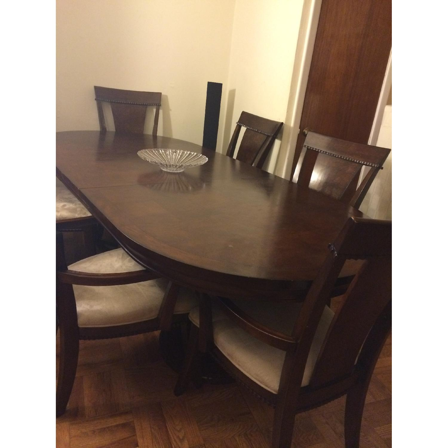 Expandable Dining Table w/ 6 Chairs + China Closet - image-3