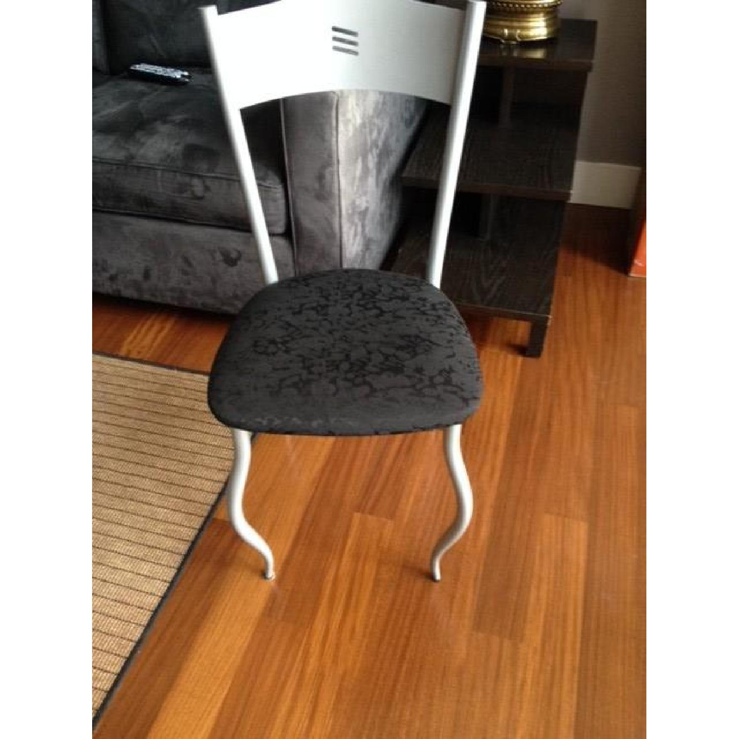 Glass Table w/ 4 Chairs - image-6