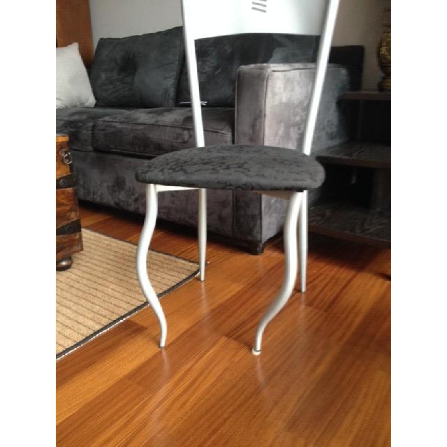 Glass Table w/ 4 Chairs - image-7