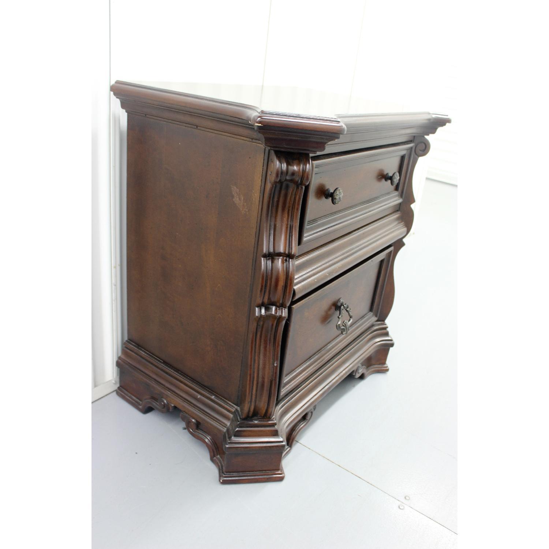 Liberty Furniture Vienna Nightstand + Dresser + Chest - image-4
