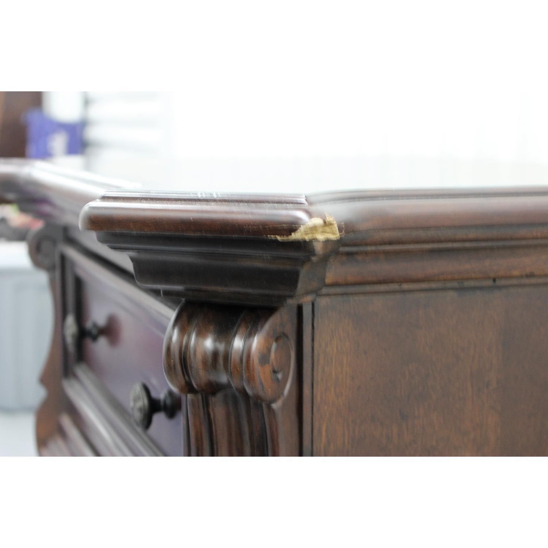 Liberty Furniture Vienna Nightstand + Dresser + Chest - image-7