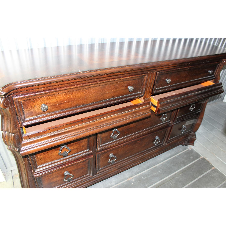 Liberty Furniture Vienna Nightstand + Dresser + Chest - image-9