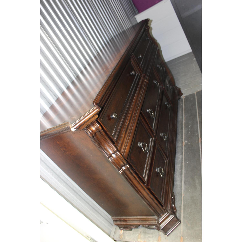 Liberty Furniture Vienna Nightstand + Dresser + Chest - image-10
