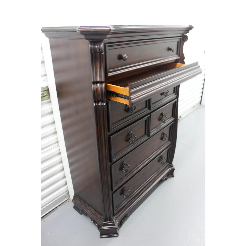 Liberty Furniture Vienna Nightstand + Dresser + Chest - image-20
