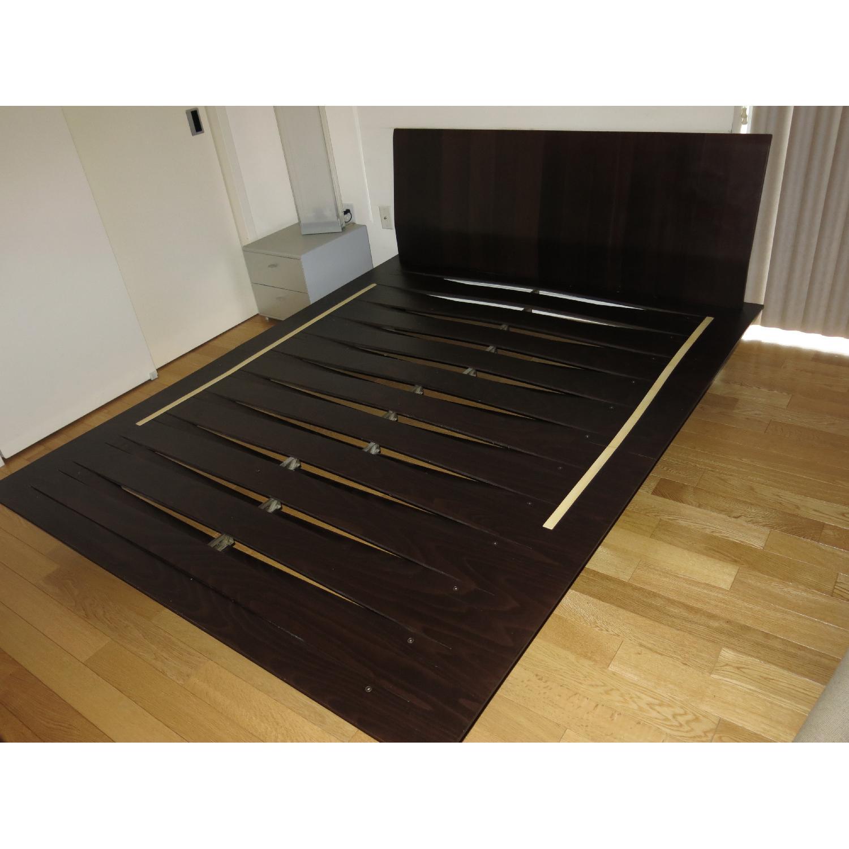 Design Within Reach Leggero Platform Queen Bed - image-3