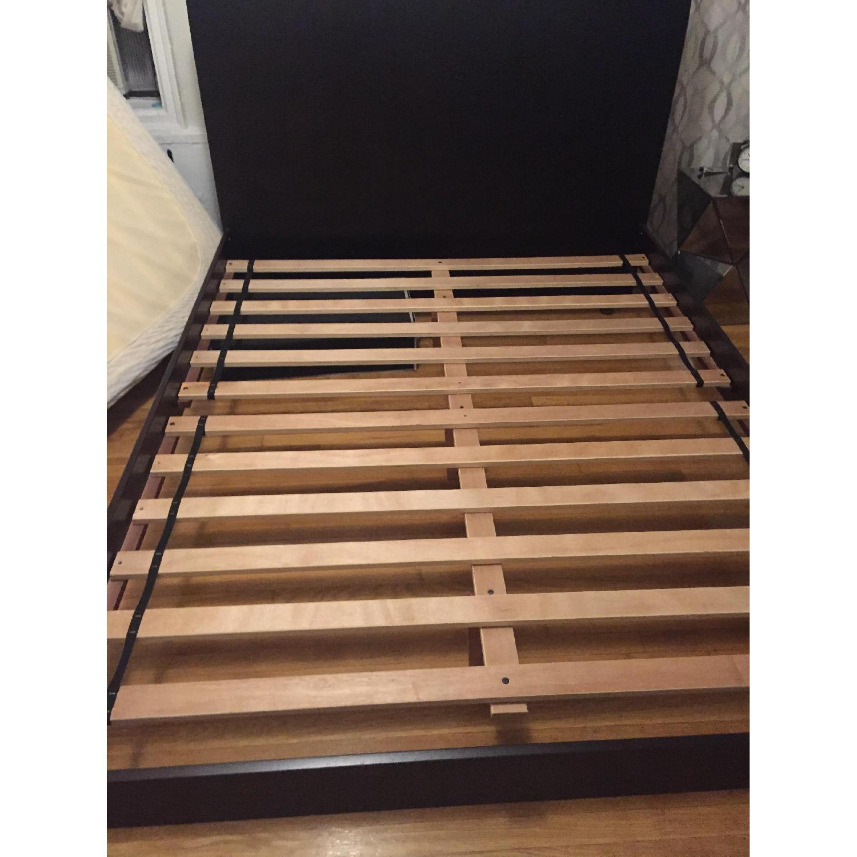 Modern Platform Queen Size Bed - image-2