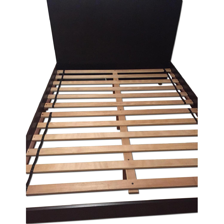 Modern Platform Queen Size Bed - image-0