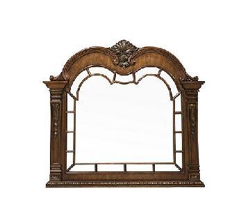 Raymour & Flanigan Wilshire Dresser Mirror
