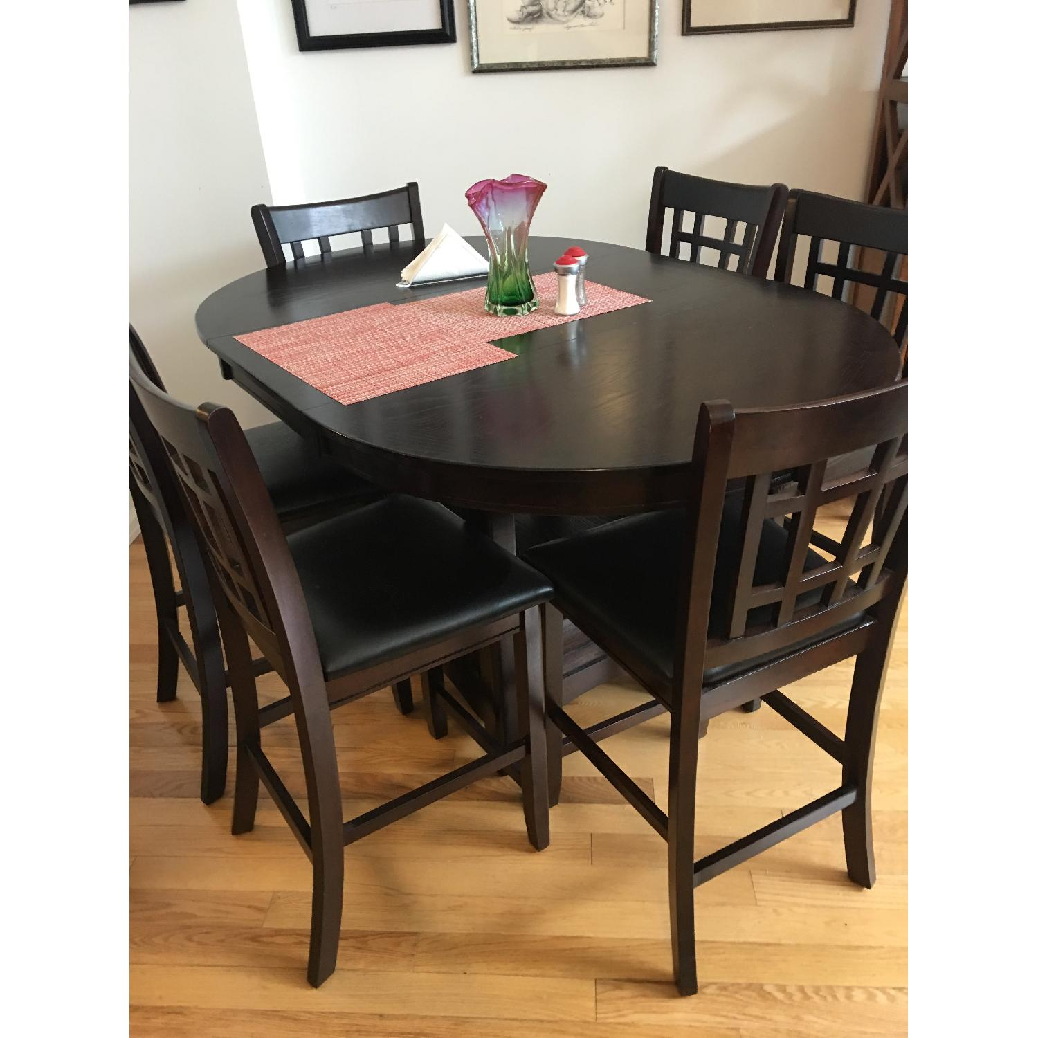 Oval To Round Expandable Dining Table