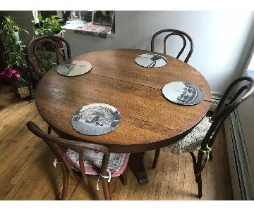 Early 20th C Vintage Oak Dining Table w/ 4 Bentwood Chairs