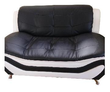Beverly Furniture Linda Leather Loveseat