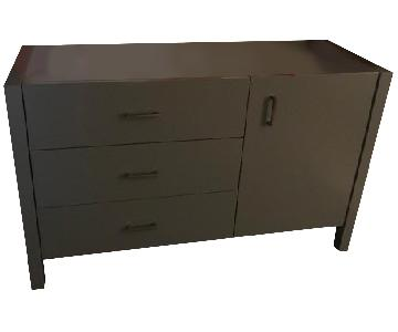 Dwell Studio 3 Drawer/1 Door Changing Table