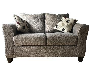 Raymour & Flanigan Loveseat w/ Pillows