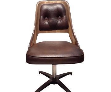 Mid Century Modern Leather Chair w/ Chrome Leg