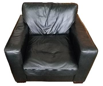 Jennifer Convertibles Black Leather Armchair