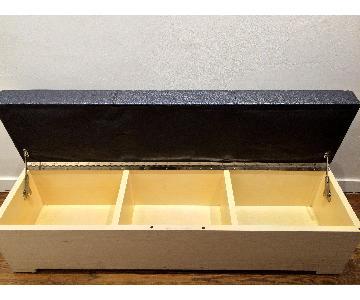 Desiron Thompson Bench w/ Storage