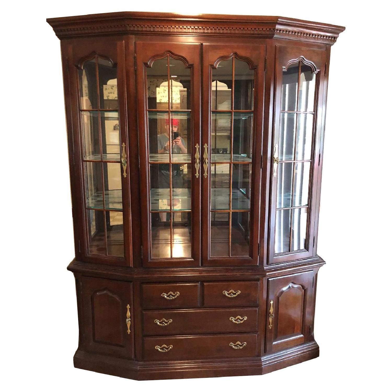 Thomasville Furniture Mahogany China Cabinet ...