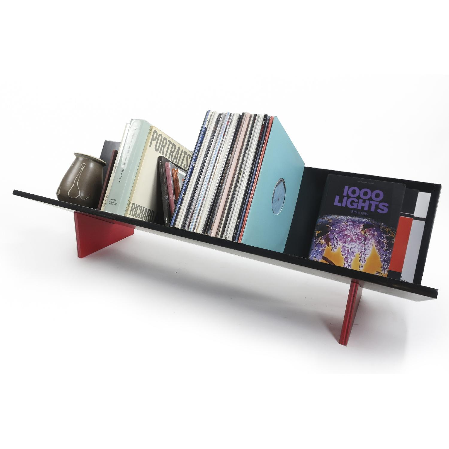 Tenon Design BG Record Shelf