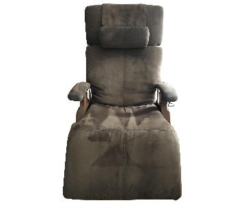 Human Touch Zero Gravity Perfect Chair/Recliner