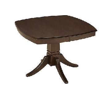 Raymour & Flanigan Everdeen Expandable Table w/ 4 Chairs